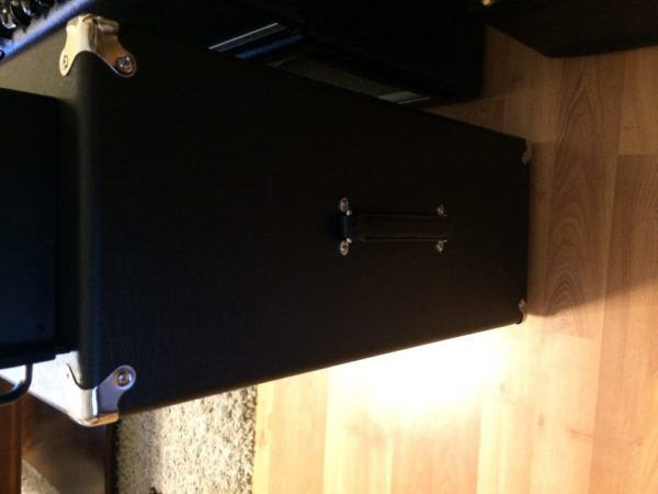 Two Rock Taurus 2x12 Guitar Cab