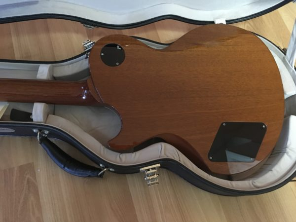 IMG 7896 600x450 - Collings City Limits Gold Top Guitar P-90's