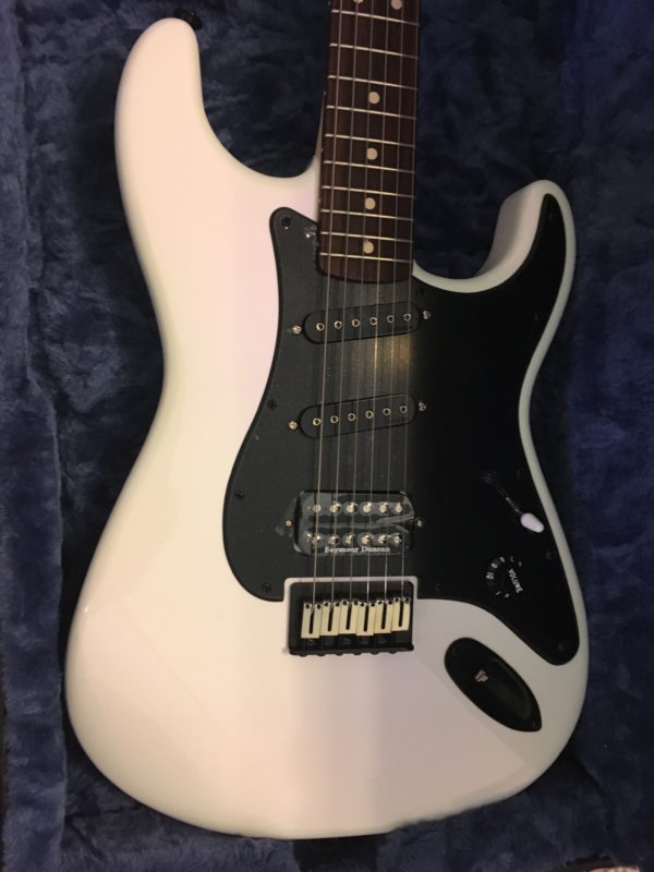 IMG 4082 600x800 - 2018 Charvel USA Custom Shop Jake E Lee Signature Guitar White/Lavender Hue