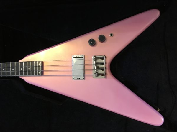 IMG 9422 600x450 - Vintage Early 80's Kramer USA Vanguard Flying V Bass Guitar