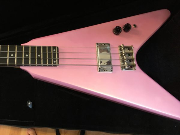 IMG 9425 600x450 - Vintage Early 80's Kramer USA Vanguard Flying V Bass Guitar