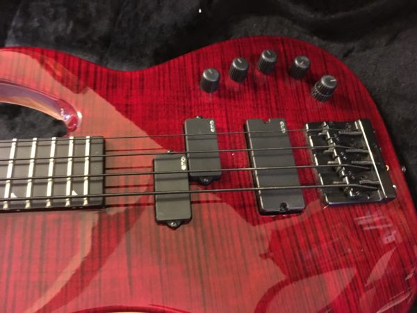 IMG 9502 600x450 - Jackson USA Custom Shop Edge Bass Guitar Custom Built by Mike Shannon
