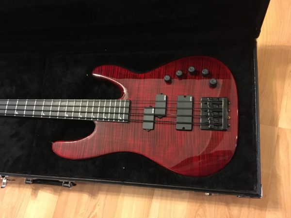 IMG 9505 600x450 - Jackson USA Custom Shop Edge Bass Guitar Custom Built by Mike Shannon