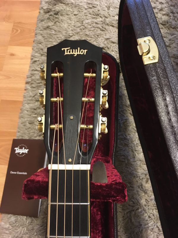 IMG 9604 600x800 - Taylor K22e 12-fret Shaded Edgeburst Acoustic Electric Guitar Koa-Mint!
