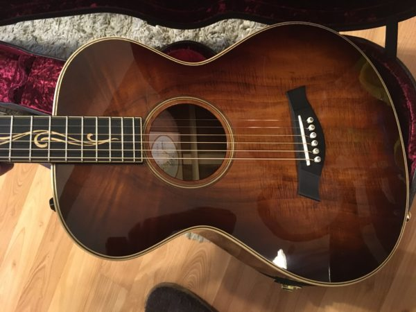IMG 9613 600x450 - Taylor K22e 12-fret Shaded Edgeburst Acoustic Electric Guitar Koa-Mint!