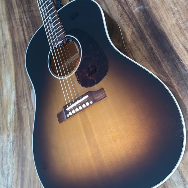 IMG 0159 600x600 - 2005 Gibson J-45 Historic Collection Acoustic Guitar