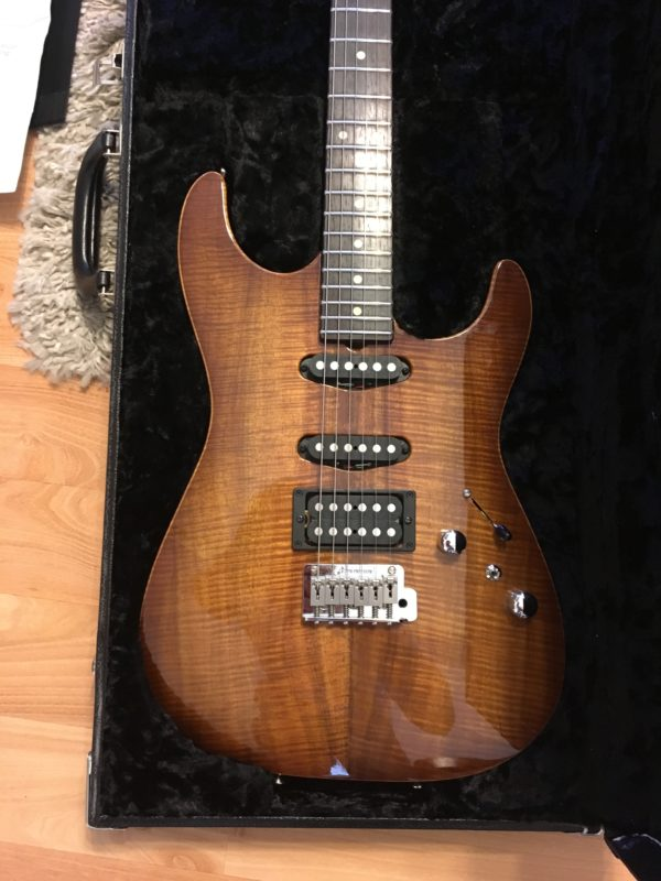 IMG 0533 e1548876703417 600x800 - Tom Anderson Hollow Drop Top Koa Guitar