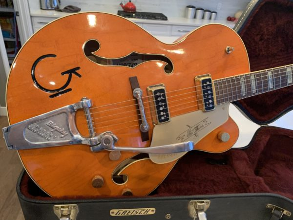 IMG 0631 600x450 - Gretsch G6120DSW Chet Atkins Hollowbody Guitar