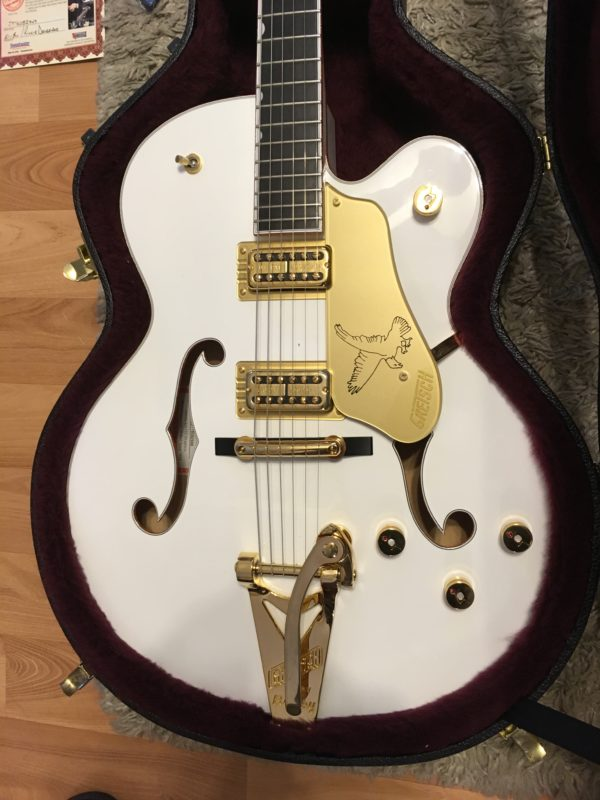 IMG 0753 1 e1550865573638 600x800 - Gretsch G6136T-59GE Vintage Select 1959 Falcon Vintage White Bigsby