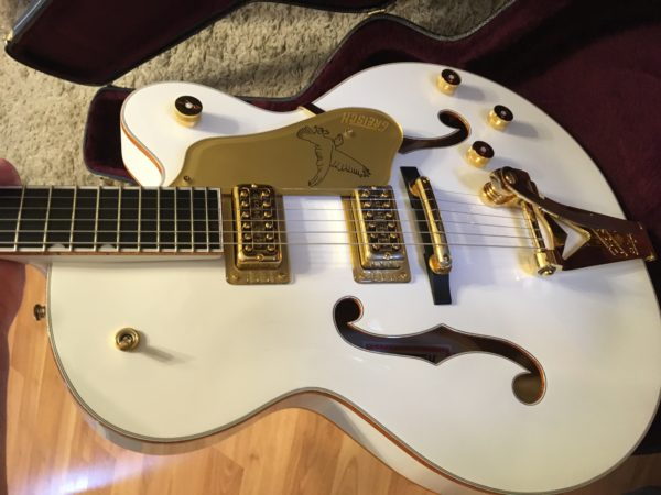IMG 0763 600x450 - Gretsch G6136T-59GE Vintage Select 1959 Falcon Vintage White Bigsby