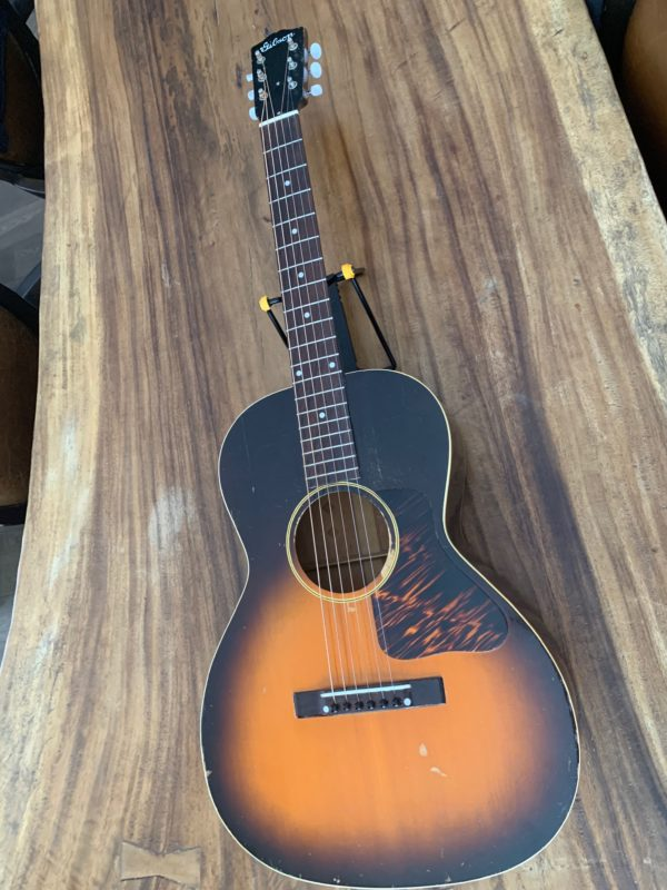IMG 0803 600x800 - 1941 Gibson L00 Vintage Acoustic Guitar