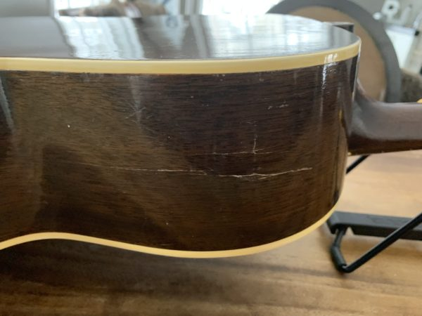 IMG 0815 600x450 - 1941 Gibson L00 Vintage Acoustic Guitar