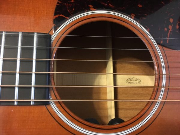 IMG 1105 600x450 - Martin OM18 Authentic 1933 VTS Acoustic Guitar W/Trance Audio Amulet