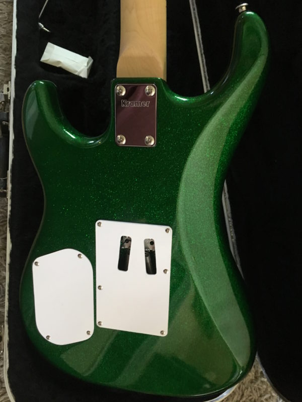 IMG 1340 600x800 - Kramer Limited Edition Pacer Vintage Emerald Green Sparkle Guitar
