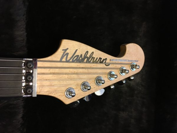 IMG 2116 e1564847535141 600x450 - Washburn Nuno Bettencourt 4N USA 1 of 9 Hand Signed Models-New