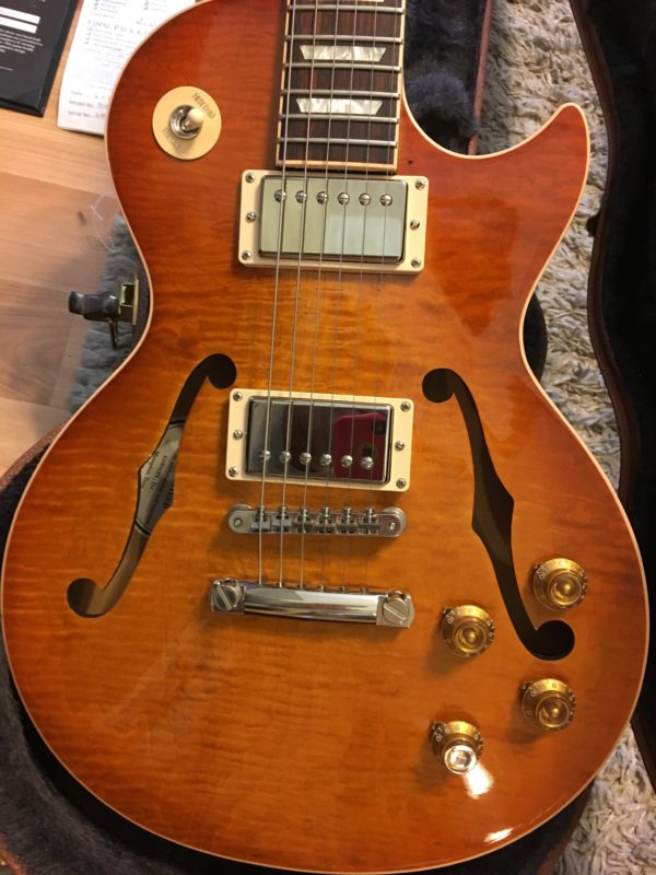 IMG 2307 e1567013236231 600x800 - 2016 Gibson Memphis ES Les Paul Figured in a Faded Light Burst-Great Top-COA