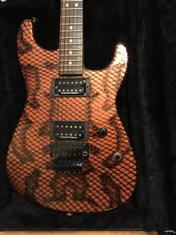 IMG 2414 e1569075979266 600x800 - 2005 Charvel USA San Dimas Copper Snakeskin Signed By Satriani & Paul Gilbert