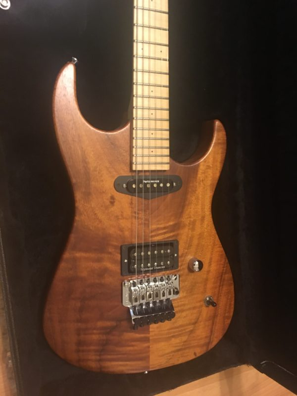 IMG 2530 e1570893275649 600x800 - Performance Custom Guitars Warren DeMartini Model 1-Off Solid Koa Guitar-Signed