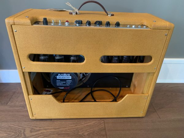 IMG 3481 600x450 - Bad Apple Tweed Low Power Twin Clone Guitar Amp