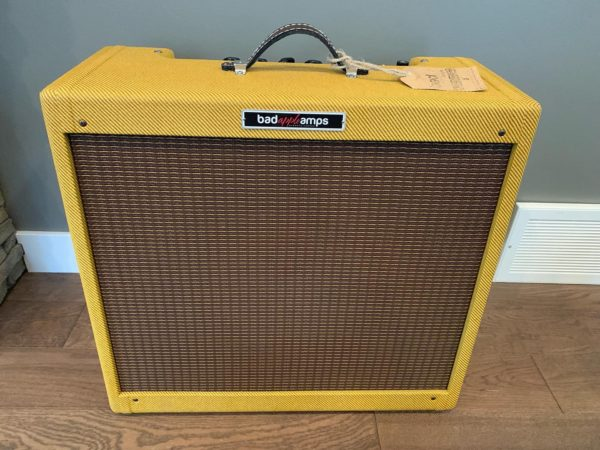 IMG 3602 600x450 - Bad Apple Tweed Tremolux - All Hand-wired Guitar Amp
