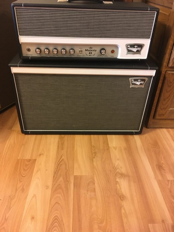 IMG 2906 e1572799663291 600x800 - Tone King Majesty 45 Tube Guitar Amp Head & Matching 2x12 Cab