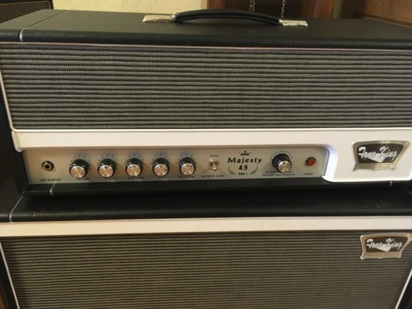 IMG 2907 600x450 - Tone King Majesty 45 Tube Guitar Amp Head & Matching 2x12 Cab