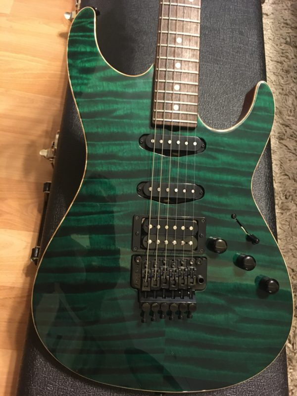 IMG 3131 e1574612534949 600x800 - Don Grosh Bent Top Custom Forest Green Quilt Top Guitar
