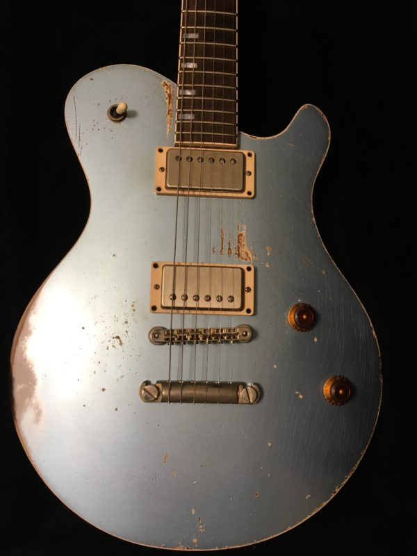 IMG 3286 e1575751138745 600x800 - Friedman Heavy Aged Metro D Metallic Blue Guitar
