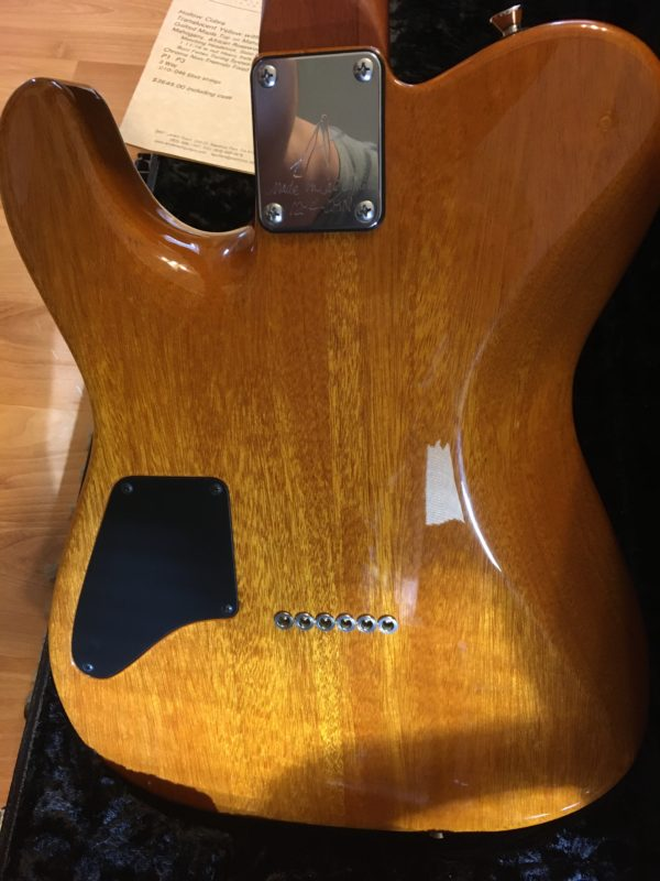 IMG 3953 600x800 - 2003 Tom Anderson Hollow Cobra Translucent Yellow Quilt Top Guitar