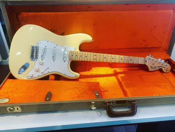 IMG 6520 600x452 - Fender Yngwie Malmsteen Stratocaster Vintage White with Maple Fingerboard