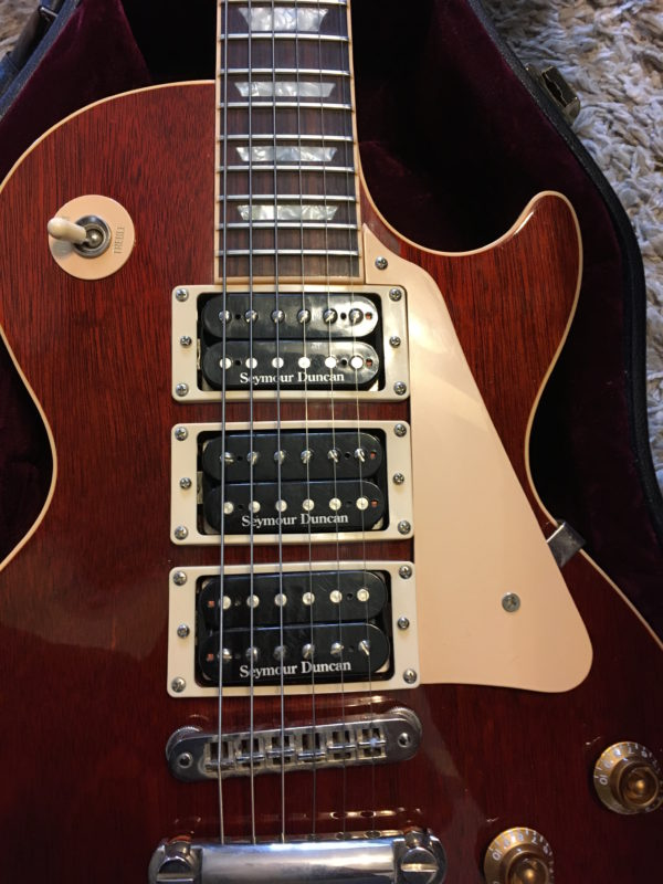 IMG 4863 600x800 - 2002 Gibson Les Paul Standard Mahogany 3 Pickup Seymour Duncan Limited Edition Guitar