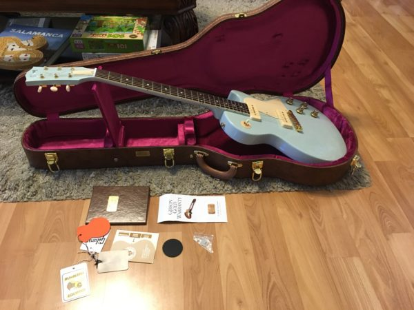 IMG 5358 600x450 - Gibson Custom Les Paul Special Single Cut Frost Blue P-90s