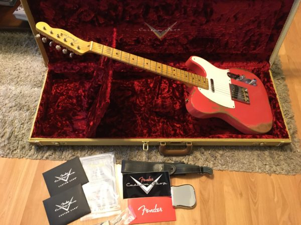 IMG 5492 600x450 - 2017 Fender Custom Shop 1950's Heavy Relic Telecaster Faded Fiesta Red