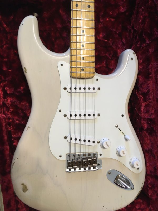 IMG 5755 600x800 - Fender Custom Shop Limited 55 Stratocaster Heavy Relic Dirty Blonde