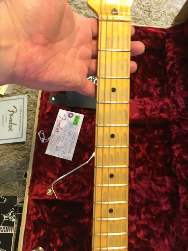 IMG 5756 600x800 - Fender Custom Shop Limited 55 Stratocaster Heavy Relic Dirty Blonde