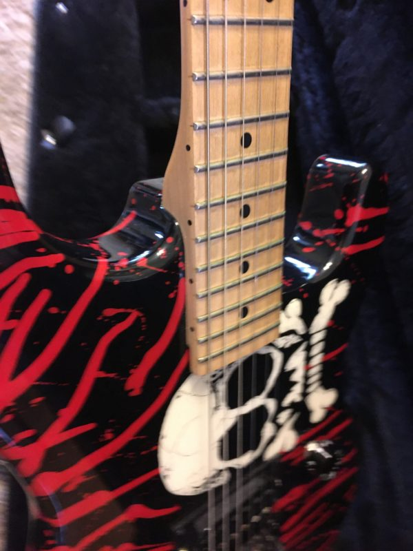 IMG 5777 600x800 - Charvel USA Warren DeMartini Signature Bloody Skull Guitar