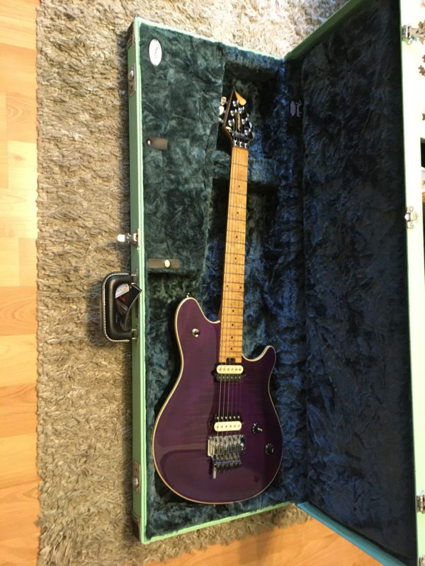 IMG 5932 600x800 - Peavey Wolfgang USA Standard Archtop Purple Flame Top