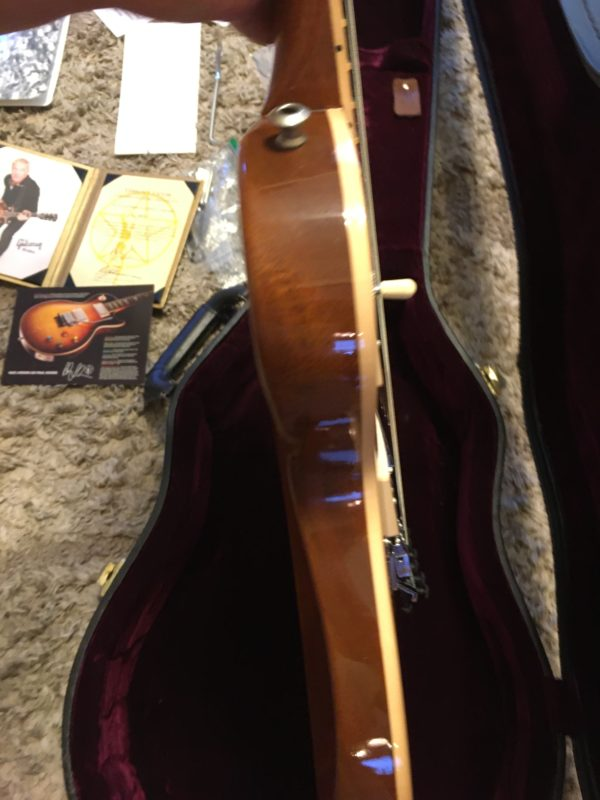 IMG 8077 600x800 - Gibson Custom Shop Alex Lifeson Signature Axcess Les Paul Viceroy Brown