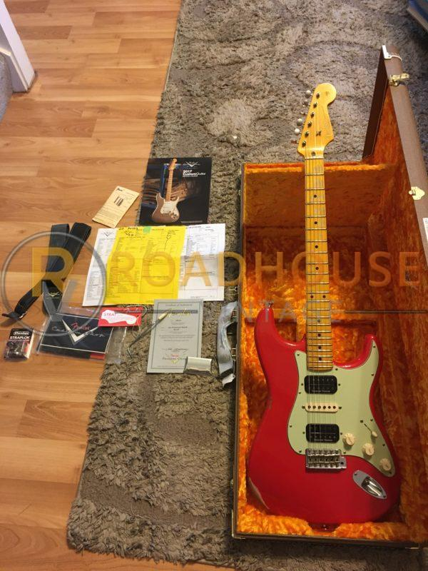 IMG 8628 600x800 - 2017 Fender Custom Shop 1961 Stratocster Relic H/S/H Hot Rod Red Strat 1-Piece Maple Neck