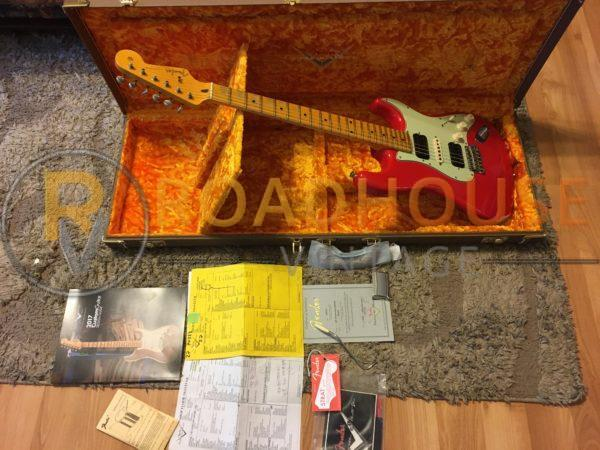 IMG 8645 600x450 - 2017 Fender Custom Shop 1961 Stratocster Relic H/S/H Hot Rod Red Strat 1-Piece Maple Neck